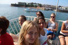 follow me Jugendsprachkurse - Sprachaufenthalt in Paignton. Fun, Friends, Beach und Englisch! Strand, England, Beach, Learning English, Caribbean, Young Adults, Language, The Beach, Beaches