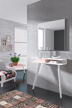 """Recibidores con mucho """"feeling"""", colgados, con patas lacadas, de madera, con o sin espejo, la combinación de color y diseño depende de tu imaginación ^ - ^"""
