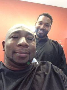 Just got another fresh cut n shave by dat Barber Marlon Forside so that I'm so fresh and so clean clean 4 Houston Rockets vs the Dallas Mavericks Playoff game! Sam Sneed, Rockets Basketball, New Orleans Pelicans, Clean Clean, Dallas Mavericks, Houston Rockets, Barber, Fresh, Game
