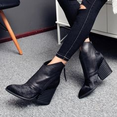 125.00$  Watch now - http://alijty.worldwells.pw/go.php?t=32534458981 - Winter Women Boots Genuine Leather  Women's Shoes Pointed Toe High Heels Horsehair Martin Short Boots Ankle Boots Shoes Woman