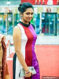 Lakshmi Menon (actress) Photos - Lakshmi Menon at SIIMA 2013 Indian Film Actress, South Indian Actress, Indian Actresses, Bikini Images, Bikini Pictures, Hottest Models, Hottest Photos, Cute Family Pictures, Lakshmi Menon