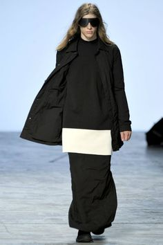 Rick Owens Spring 2012 | Paris Fashion Week image rickowens5