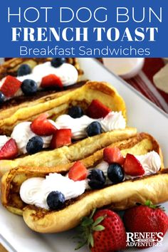 Hot Dog Bun French Toast by Renees Kitchen Adventures Easy recipe for French toast made with leftover hot dog buns stuffed with whipped cream and fresh fruit Fold it up. Dog Breakfast, Breakfast Buffet, Breakfast Recipes, Southern Breakfast, French Toast Sandwich, Best French Toast, Hot Dog Buns, Hot Dogs, Dog Bread