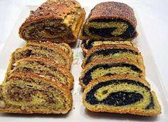 Baigli pufos cu mac si nuca Romanian Food, Sushi, French Toast, Pork, Mac, Breakfast, Ethnic Recipes, Desserts, Slip On