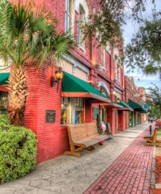Planning A Last-Minute Trip? How About The Most Charming Spot In Florida?