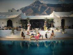 Slim Aarons - El Venero, the Moorish villa of Hector and Chico de Ayala in Marbella, Spain, 1971 Slim Aarons, Marcello Mastroianni, Palm Beach, Palm Springs Style, Palms Hotel, My Pool, Artwork Images, Moorish, Book Photography