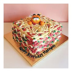 Garfield Lasagna cake / 2tarts Bakery / www.2tarts.com