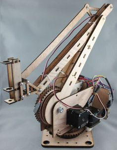 Who doesn't love robots? and wood ones get extra credit. ROBO-0023