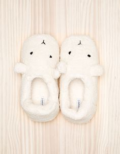 Oysho - this are the cutest slippers!
