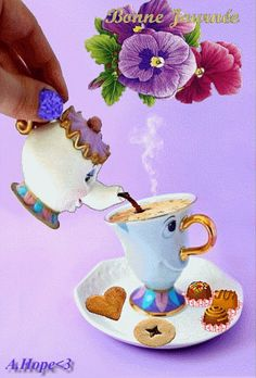 Un petite tasse de café pour bien démarrer la semaine !