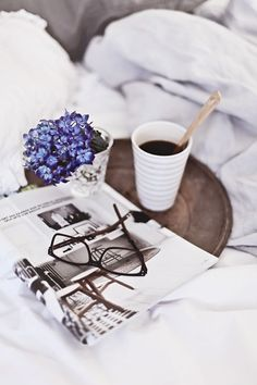 BECOMING A MORNING PERSON: all tips to become that expert morning person at www.influencerdiaries.com