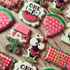 """Loved loved loved making this """"one in a melon"""" set last week! Ant cutter from plaques from watermelon slice… Fancy Sugar Cookies, Rainbow Sugar Cookies, Watermelon Cookies, Watermelon Baby, Watermelon Decor, Iced Cookies, Royal Icing Cookies, Watermelon Birthday Parties, 1st Birthday Party For Girls"""