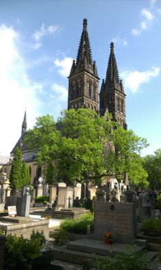 Praga / Prague - Vysehrad Beautiful Places In The World, Most Beautiful, Europe Photos, Old City, Czech Republic, Prague, Mansions, House Styles, Winter