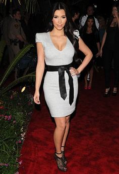 Adding a belt to a dress will accentuate your waist, creating the illusion of an hourglass figure.