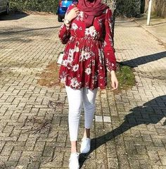 22 outfit ideas to try this spring – Just Trendy Girls Modern Hijab Fashion, Muslim Women Fashion, Street Hijab Fashion, Pakistani Fashion Casual, Hijab Fashion Inspiration, Modest Fashion, Mode Outfits, Fashion Outfits, Hijab Trends