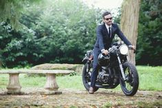 Me and my bike // Distinguished gentlemen ride paris //#asphalters