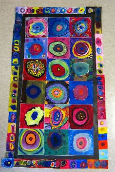 "I brought out one of the ""Kandinsky quilts"" that is ready for the art show in April. I snapped a quick picture of my class, amazed at thei. Group Art Projects, Collaborative Art Projects, Auction Projects, Art Auction, Auction Ideas, Kandinsky Art, Circle Quilts, Preschool Art, Art Classroom"