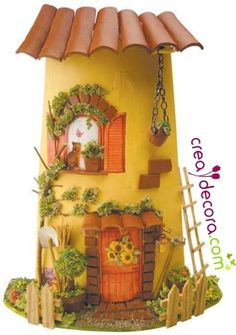 Hacer tejas decoradas con manualidades, trío de tejas | Aprender manualidades es facilisimo.com Fairy Tree Houses, Jar Lanterns, Clay Houses, Decoupage Art, Play Clay, Glitter Houses, Recycled Bottles, Tile Art, Bottle Crafts
