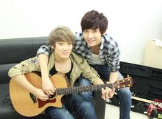 FT Island's Choi Min Hwan and Song Seung Hyun are Busy Co-Writing Songs