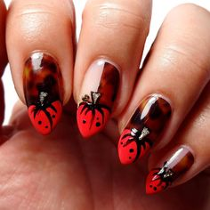 Lacquered Lawyer | Nail Art Blog: Pretty Pumpkins