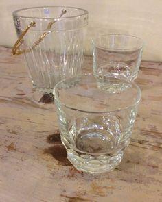jääpala-astia ja viskilasit . laseja 4 kpl . myydään myös erikseen . @kooPernu . MYYTY