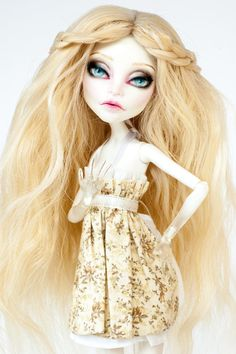 SOLD Custom Listing for Cheyanne custom by ColourToTheBone Monster High Clothes, Monster High Dolls, Long Blonde Wig, Monster High Repaint, Custom Dolls, Green Eyes, Doll Clothes, White Dress, Colour