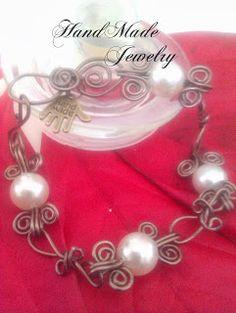 Aluminum Wire and Pearls Bracelet Pulsera de Alambre de Aluminio y Perlas 6.00 https://www.facebook.com/HandMade.HechoaMano http://bisuteria...