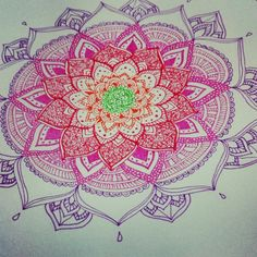 I don't quite like the color combo but the mandala itself is very pretty