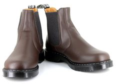 Vegan leather Chelsea boots for males. I'm thinking Chad needs some like these.