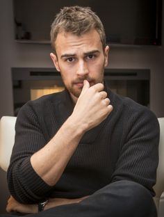 """Insurgent"" star Theo James is super hot and these pics prove it. Theo James, Theodore James, James 4, Hot Actors, Actors & Actresses, William Clark, New James Bond, Divergent Trilogy, My Sun And Stars"