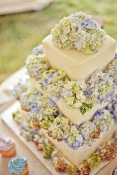 Hydrangea Wedding Cakes, Pretty Cake, Wedding Ideas, Cakes Flora, Beautiful Cakes, White Wedding Cakes, Italian Wedding, Gorgeous Cake