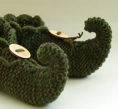 Knitting Pattern For Elf Slippers : Knitted slippers, Slipper socks and Slippers on Pinterest