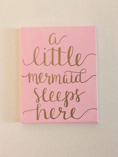 Una sirenita duerme aquí signo de lienzo por Campbellfornia en Etsy