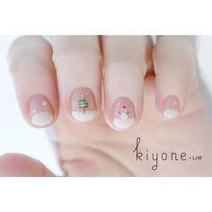 ☃️ Design by Sr.manicurist ::: NATSUMI ✔️ @natchum ------------------------------- Please feel free to contact or FB to us! (*Instagram DM ) #singapore #kiyonelim #nailsalon #natsuminail