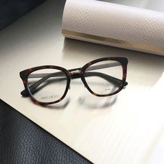 14504a7f4f2 Buy eyeglasses or sunglasses online. With or without prescription lenses.