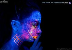 Welcome To the FUTURE project Modèle : Iseult Rodriguez in the FUTURE Web : www.welcometothefuture.fr  Facebook page : www.facebook.com/welcometothefutureproject Lighting : Ultraviolet / Blacklight / neon photography / body painting / UV makeup Makeup : Priya Silotia Pro