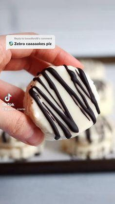 Vegan Snacks, Vegan Desserts, Just Desserts, Vegan Recipes, Fun Baking Recipes, Snack Recipes, Dessert Recipes, Zebra Cakes, Cake Recipes From Scratch
