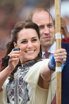 Duchess of Cambridge hair - Bhutan: West England schoolars,our uncle Tshekedi says you rock.Lotsane Senior Secondary School what do you say? Beyonce says : jealous
