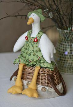 - 22 Апреля 2011 - Кукла Тильда. Всё о Тильде, выкройки, мастер-классы.