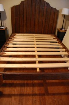 DIY Headboard and Bed. Pallets/scrap wood. Gorgeous!