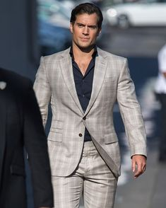 Superman Henry Cavill, Love Henry, Henry Caville, King Henry, Henry Williams, Gentleman, Handsome Actors, Business Outfit, Dream Guy