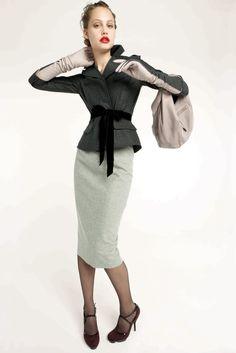 Nina Ricci Pre-Fall 2010 Collection Slideshow on Style.com