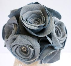 Denim Rose Bouquet: Made from used denim, the set consists of 10 soft denim roses.