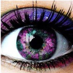 I wish my eyes looked like this!