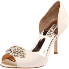Amazon.com: Badgley Mischka Women's Salsa Pump: Badgley Mischka: Shoes