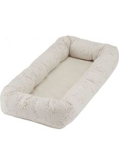 A stylish baby nest for newborns and babies Ideal for the crib and cot, at the hospital, in the pram, on the bed or for safety on the floor or sofa. Stylish Baby, Cot, Cribs, Chair, Komfort, Furniture, Home Decor, Bebe, September
