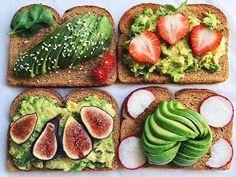 avocado, breakfast, and healthy food image Avocado Toast, Avocado Breakfast, Smoothie, Snacks Saludables, Avocado Salat, Nutrition, Guacamole, Love Food, Food Photography