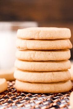 Classic Chicken Salad - Spend With Pennies Homemade Hot Chocolate, Mini Chocolate Chips, Easy Snickerdoodle Recipe, Icebox Cookies, Cookie Bars, Homemade Chicken Salads, Cookies Light, Honey Mustard Salmon, Brown Sugar Glaze