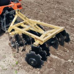 The Land Pride & Disc Harrow opens and breaks up the soil surface to help prepare the soil seedbed for planting. 3 Point Tractor Attachments, John Deere Attachments, Garden Tractor Attachments, Atv Attachments, Small Tractors, Compact Tractors, Farm Projects, Welding Projects, Diy Projects