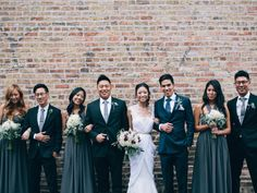 The Relaxed Bridal Party The modern bridal party shot is laid-back and captures the personalities of your friends and family without being too kitschy.